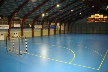 Liaty povrch športovej haly | Marotrade
